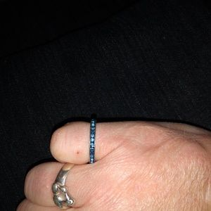 Jewelry - Vintage sapphire band ring